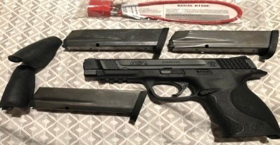 "Smith & Wesson S&W Model M&P 45 Pistol 45ACP Three 10RD Magazines M&P45 4.5"" with Tritium night sights"
