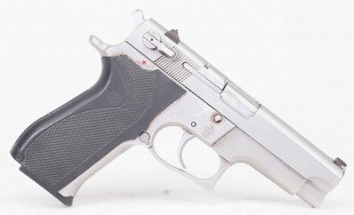 S&W 5906 9MM