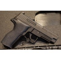 "Sig Sauer P226 TacPac-L 40 Smith & Wesson 4.4"" 12+1 STL-900L Laser/Light Combo 4 MAGS PRE-OWNED VERY GOOD Condition"